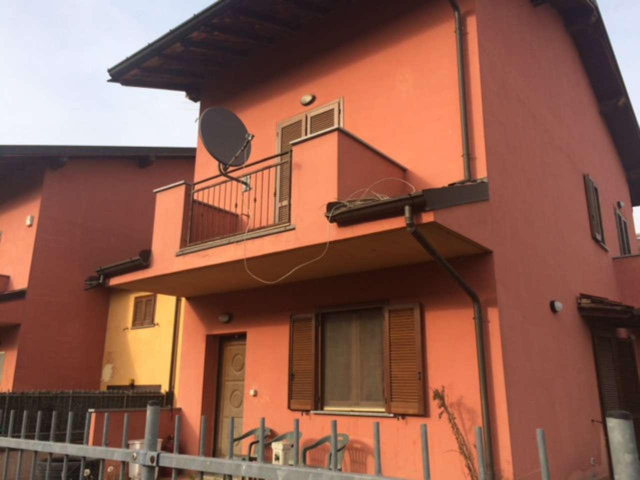 Villa Bifamiliare in Vendita a Ospedaletto Lodigiano