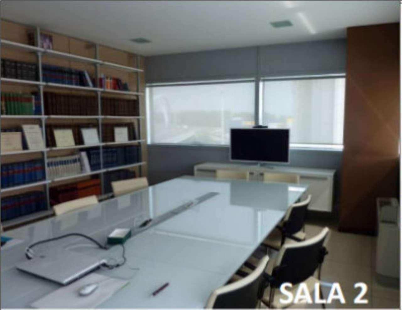 Ufficio / Studio in affitto a Lodi, 5 locali, prezzo € 180 | Cambio Casa.it