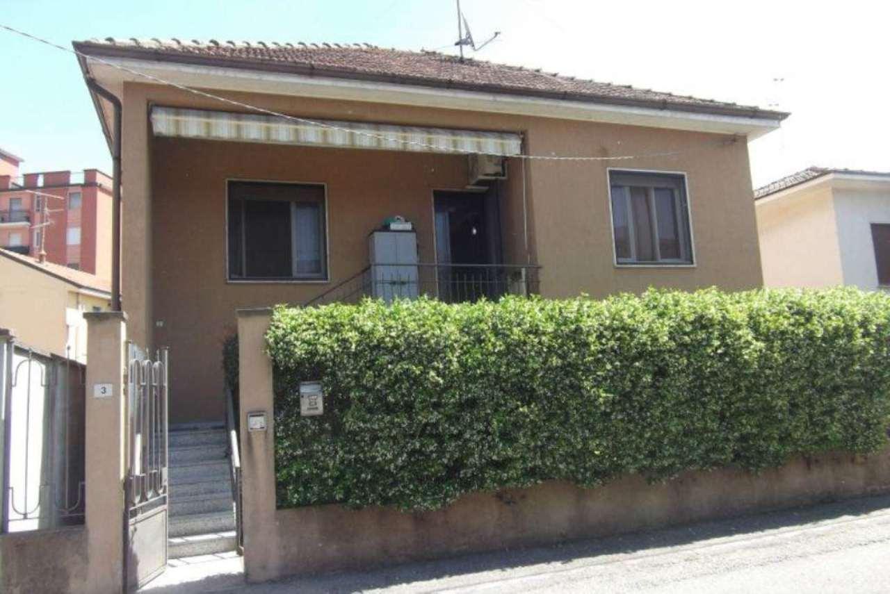 Villa in vendita a Paullo, 3 locali, prezzo € 270.000 | Cambio Casa.it