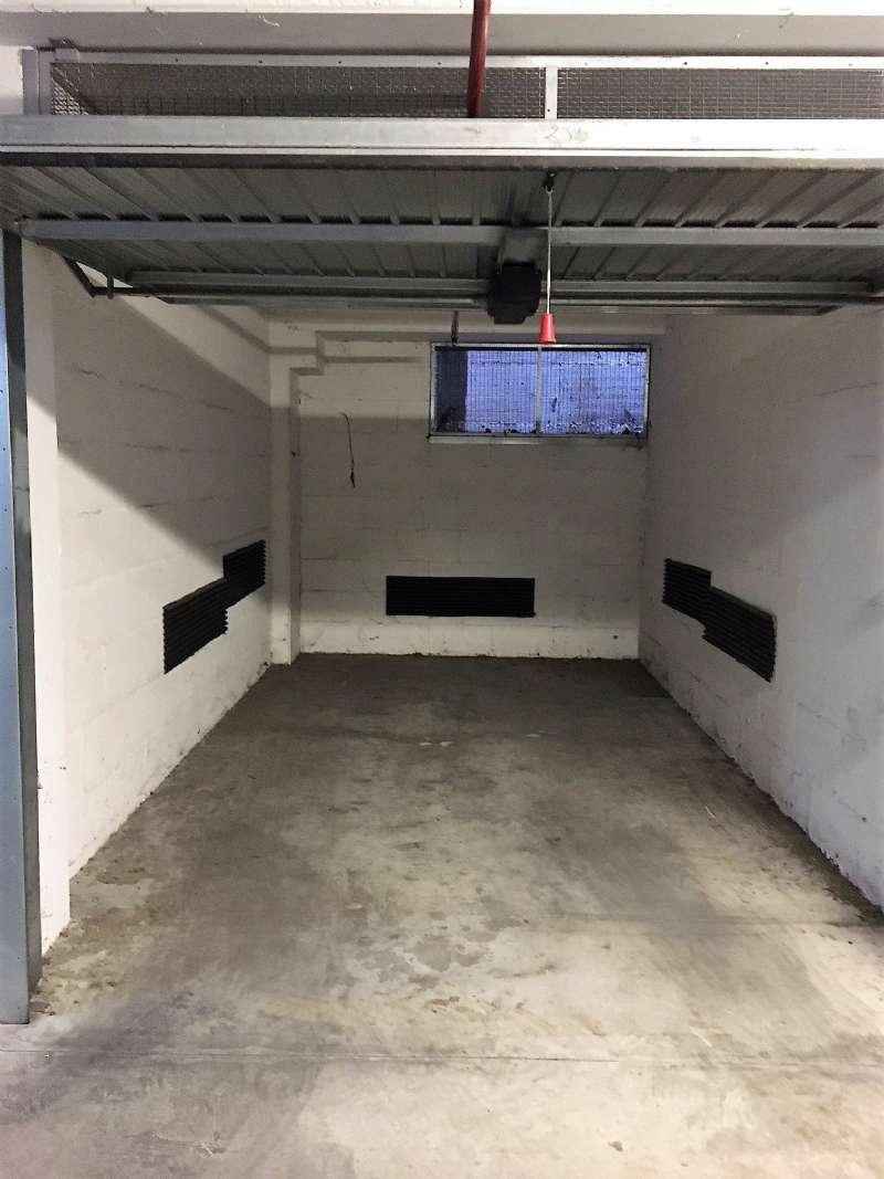 Box / Garage in affitto a Roma, 1 locali, zona Zona: 30 . Prati, Borgo, San Pietro, prezzo € 130   CambioCasa.it