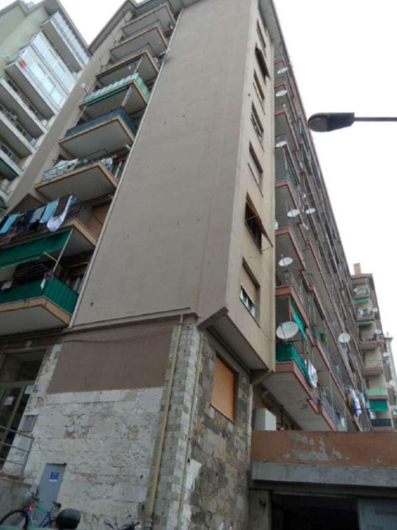 Appartamento in affitto a Genova, 3 locali, zona Zona: 1 . Centro, Centro Storico, prezzo € 500 | Cambio Casa.it