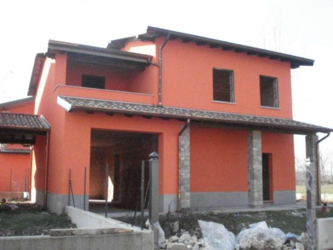 Villa in vendita a Crema in Via Vignale