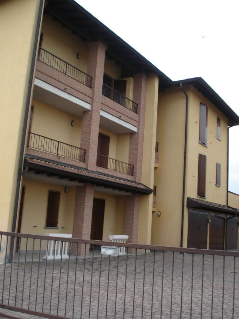 Bilocale Trescore Cremasco Via Dugnani 11