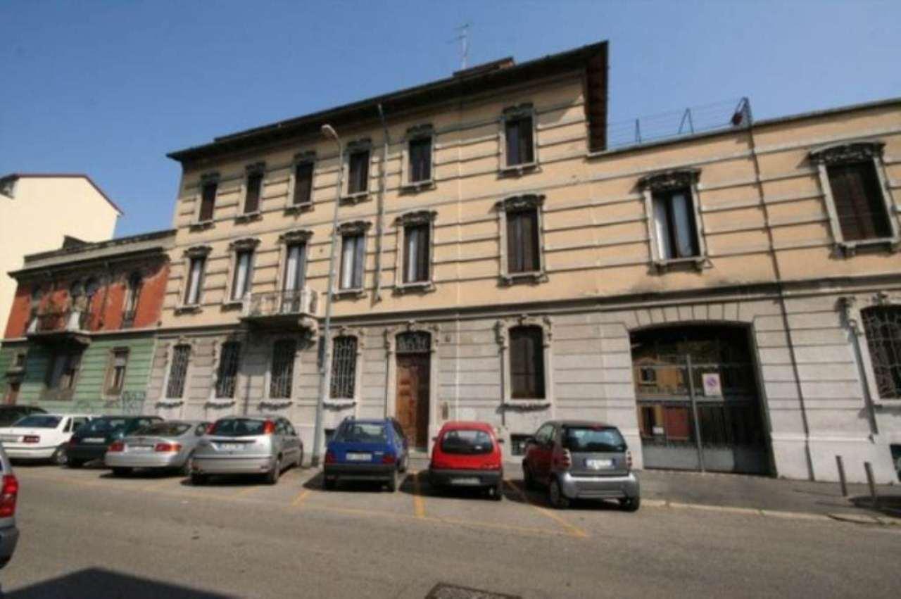 Bilocale Milano Via Angelo Maj 1