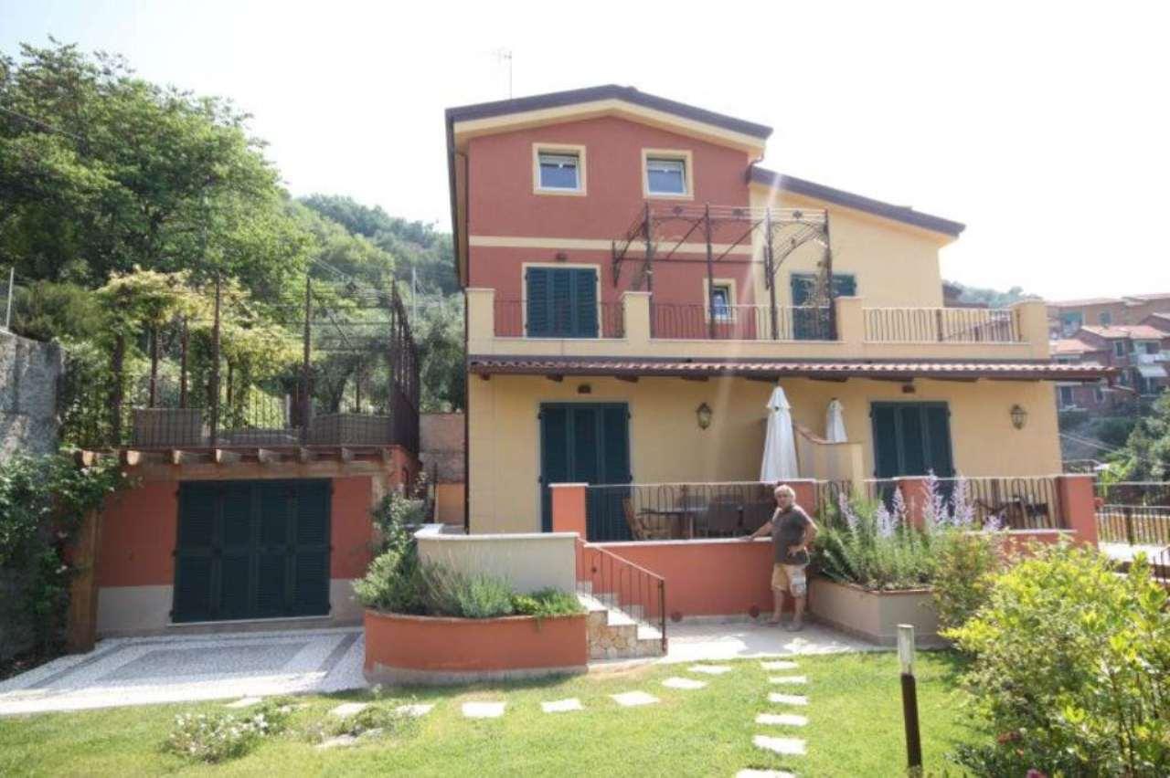 Appartamento in Vendita a Lerici