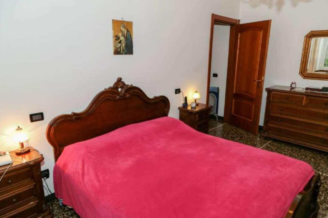Bilocale Genova Via Maroncelli 8