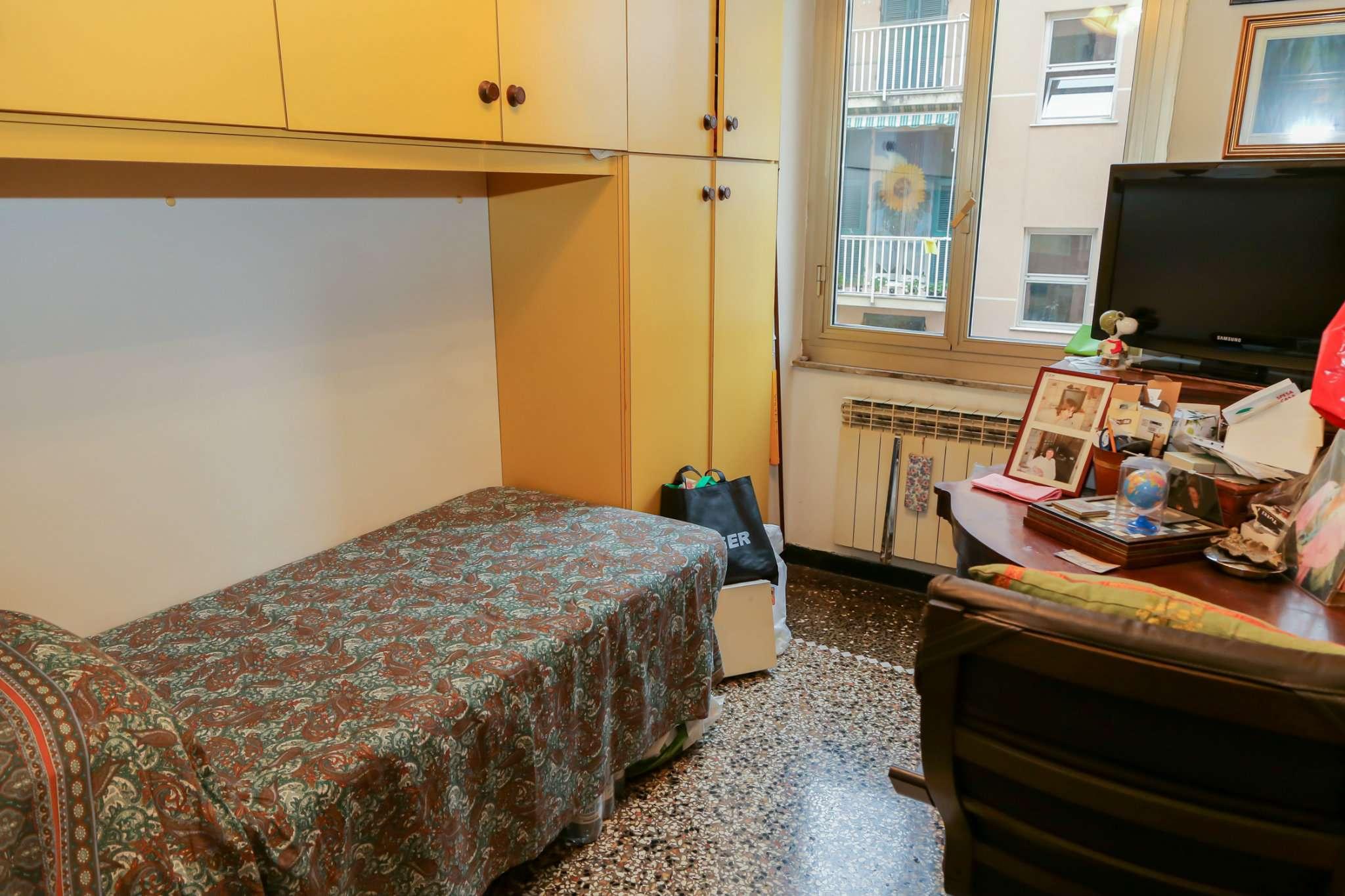 Bilocale Genova Via Maroncelli 9
