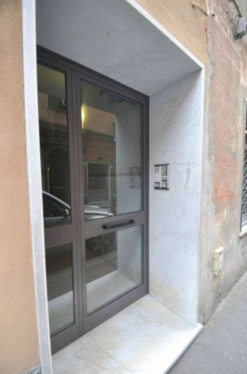Bilocale Genova Via Ciro Menotti 13