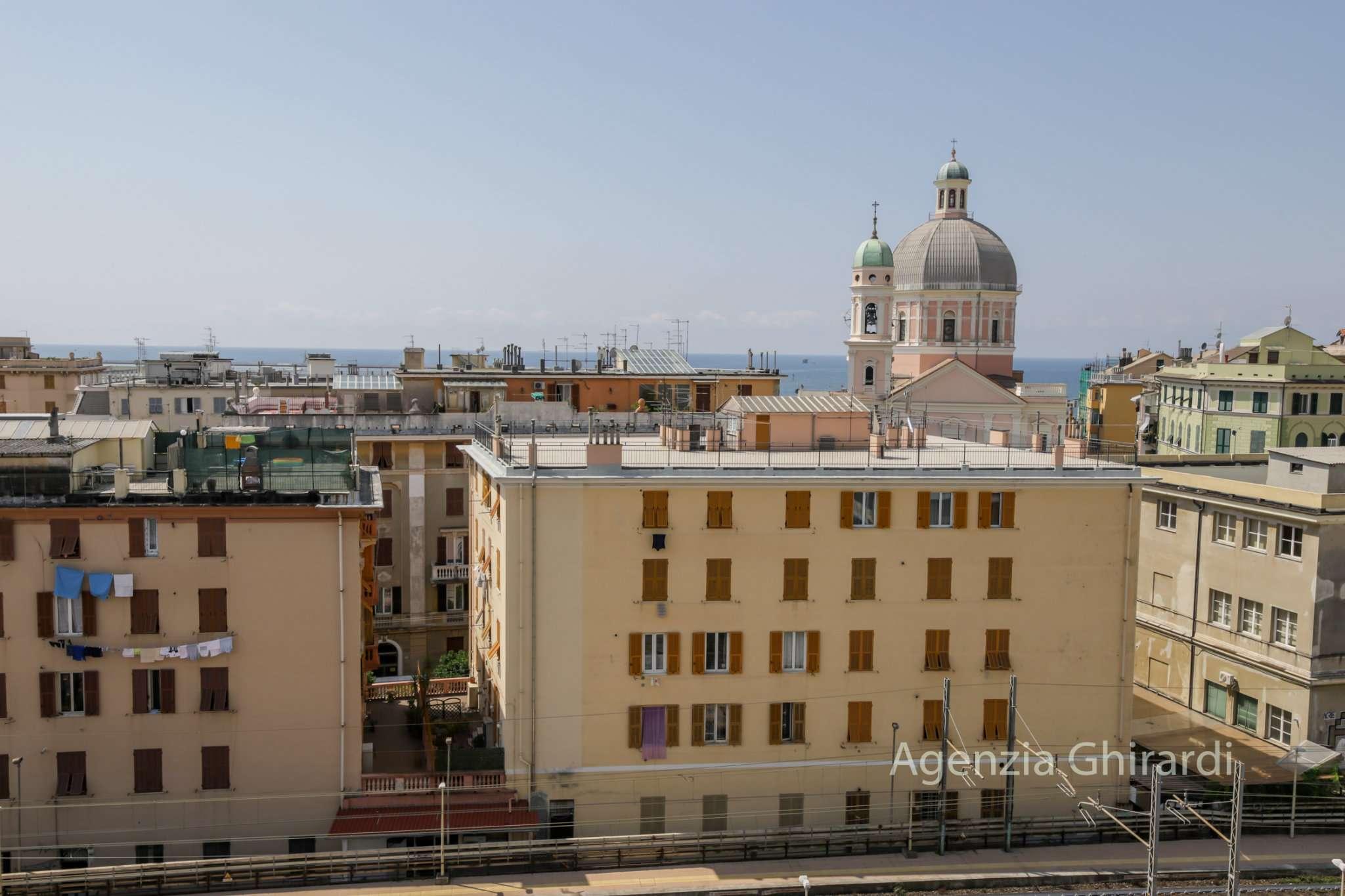 Foto 1 di Appartamento via Opisso 72, Genova (zona Pegli)