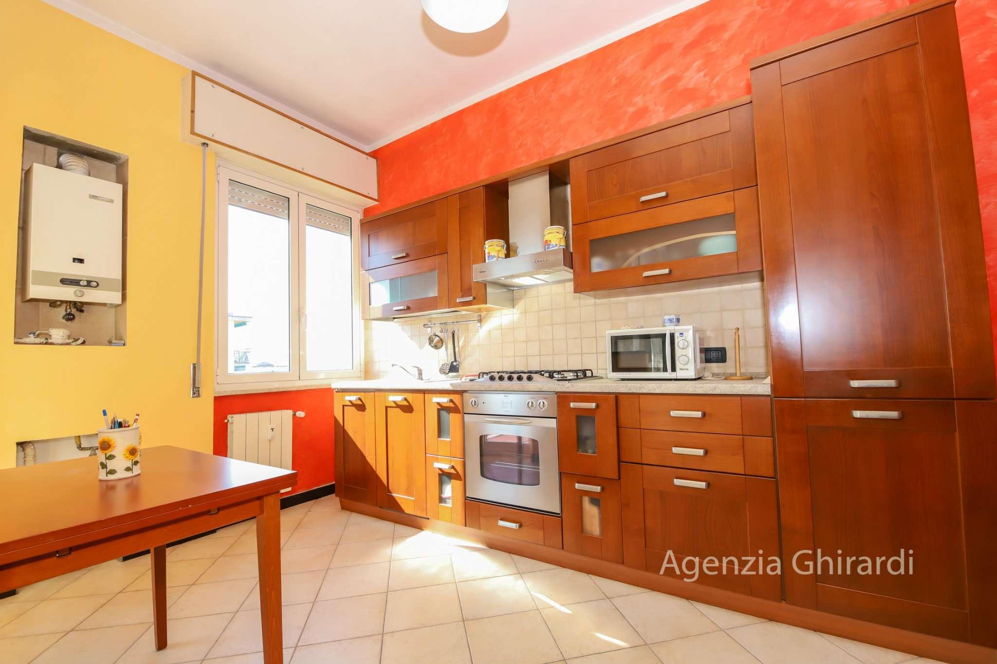 Foto 1 di Bilocale via Diano Marina 19, Genova (zona Prà)