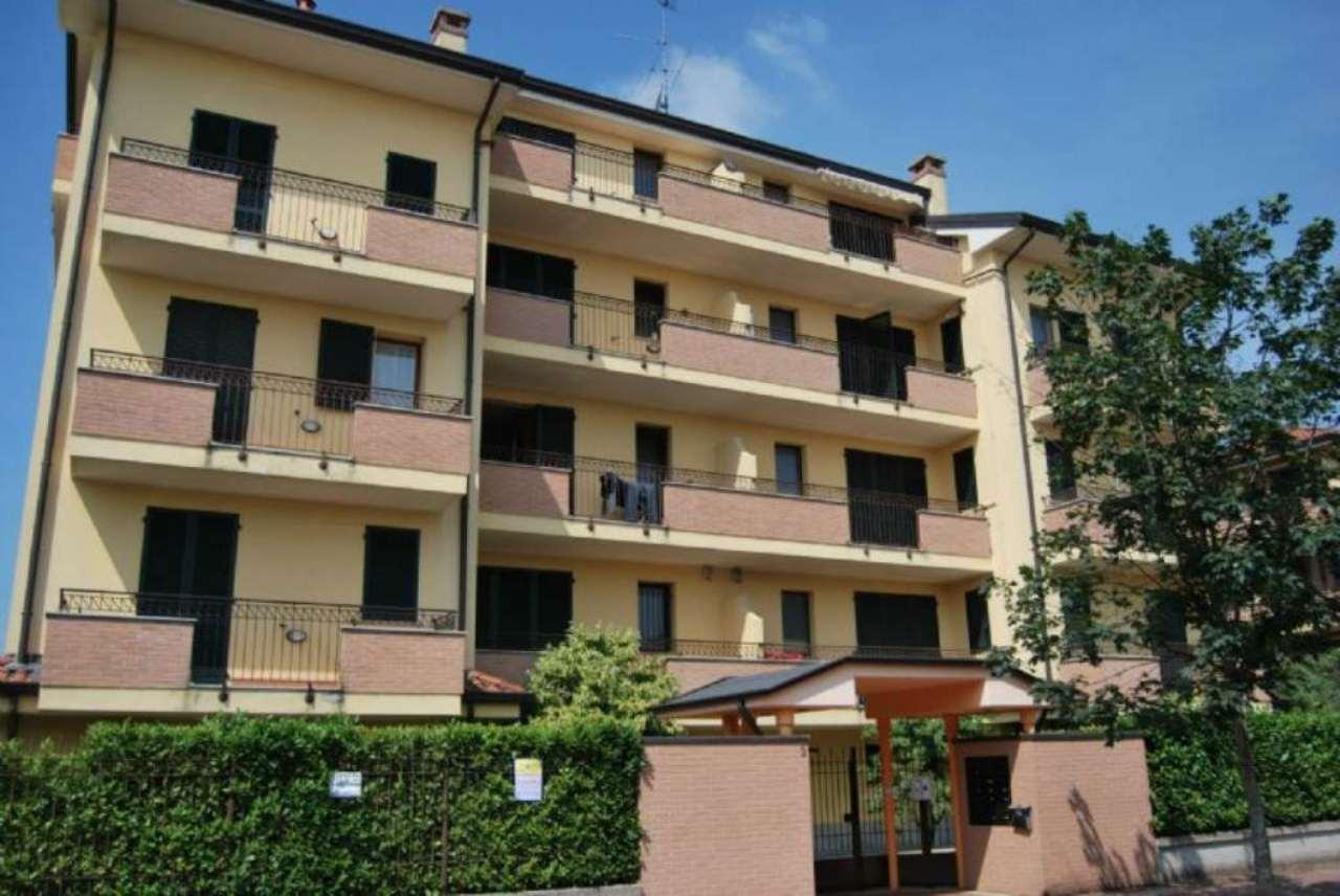 Bilocale Pregnana Milanese Via Trento 2