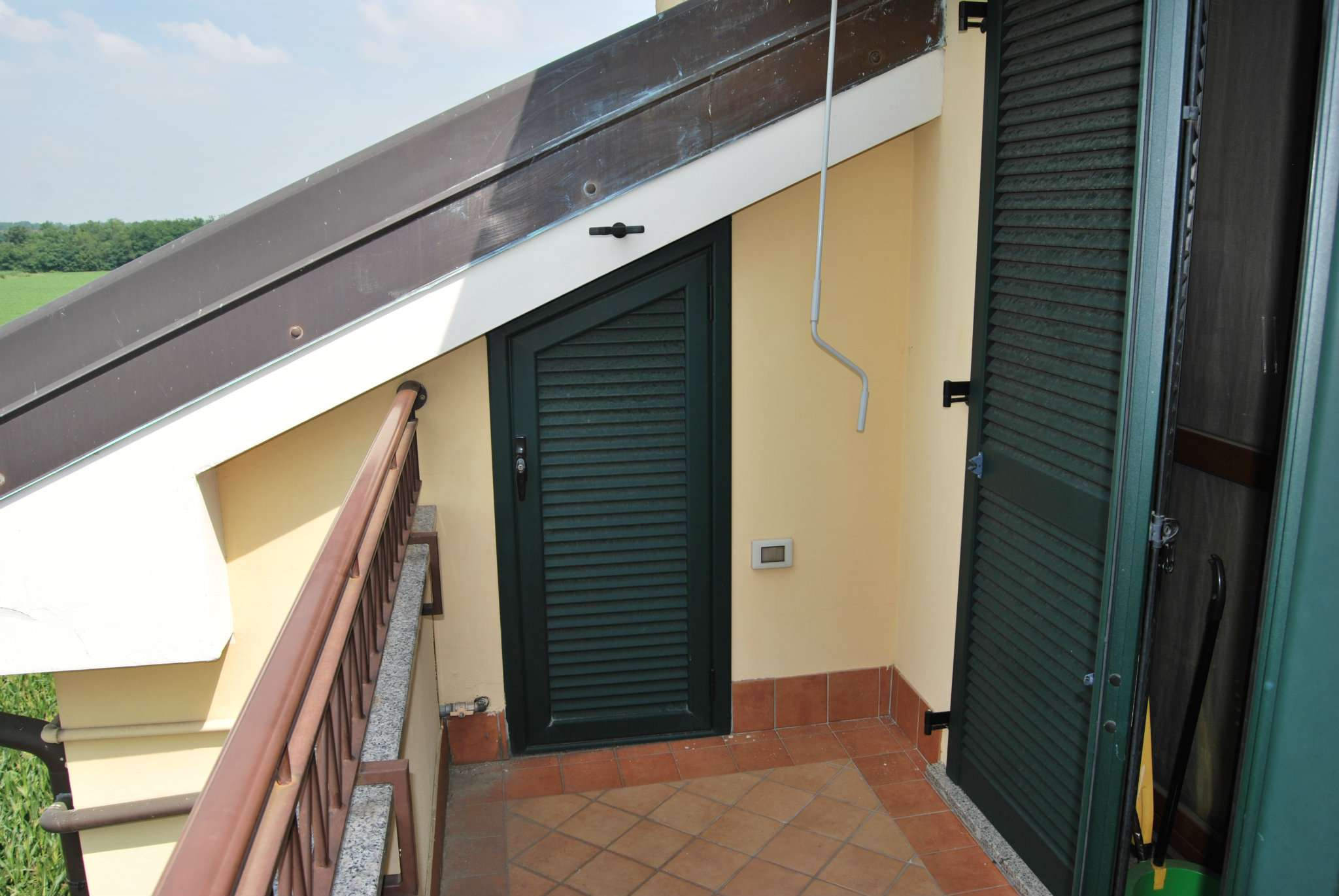 Bilocale Pregnana Milanese Via Trento 11