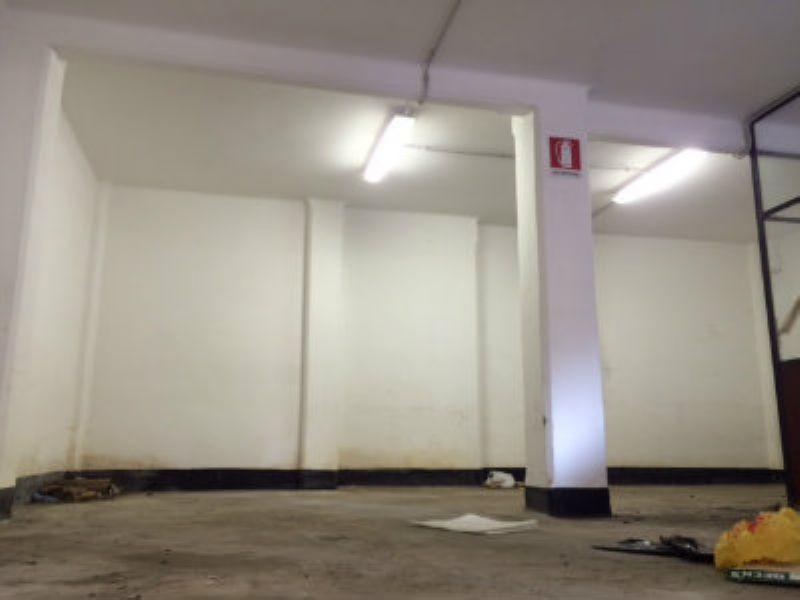 Locale commerciale monolocale in affitto a Genova (GE)