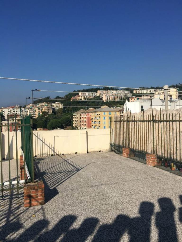 Bilocale Genova Via Merano 2