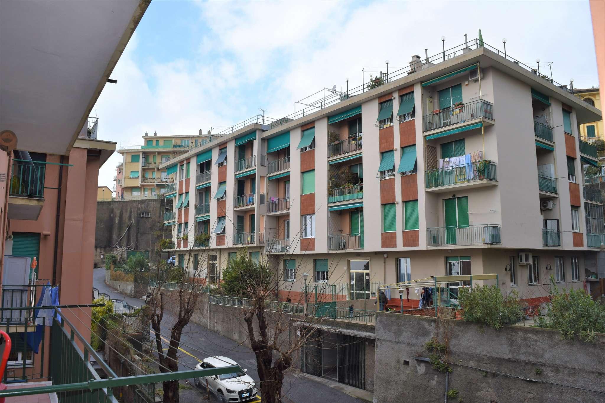 Bilocale Genova Via Imperiale 10