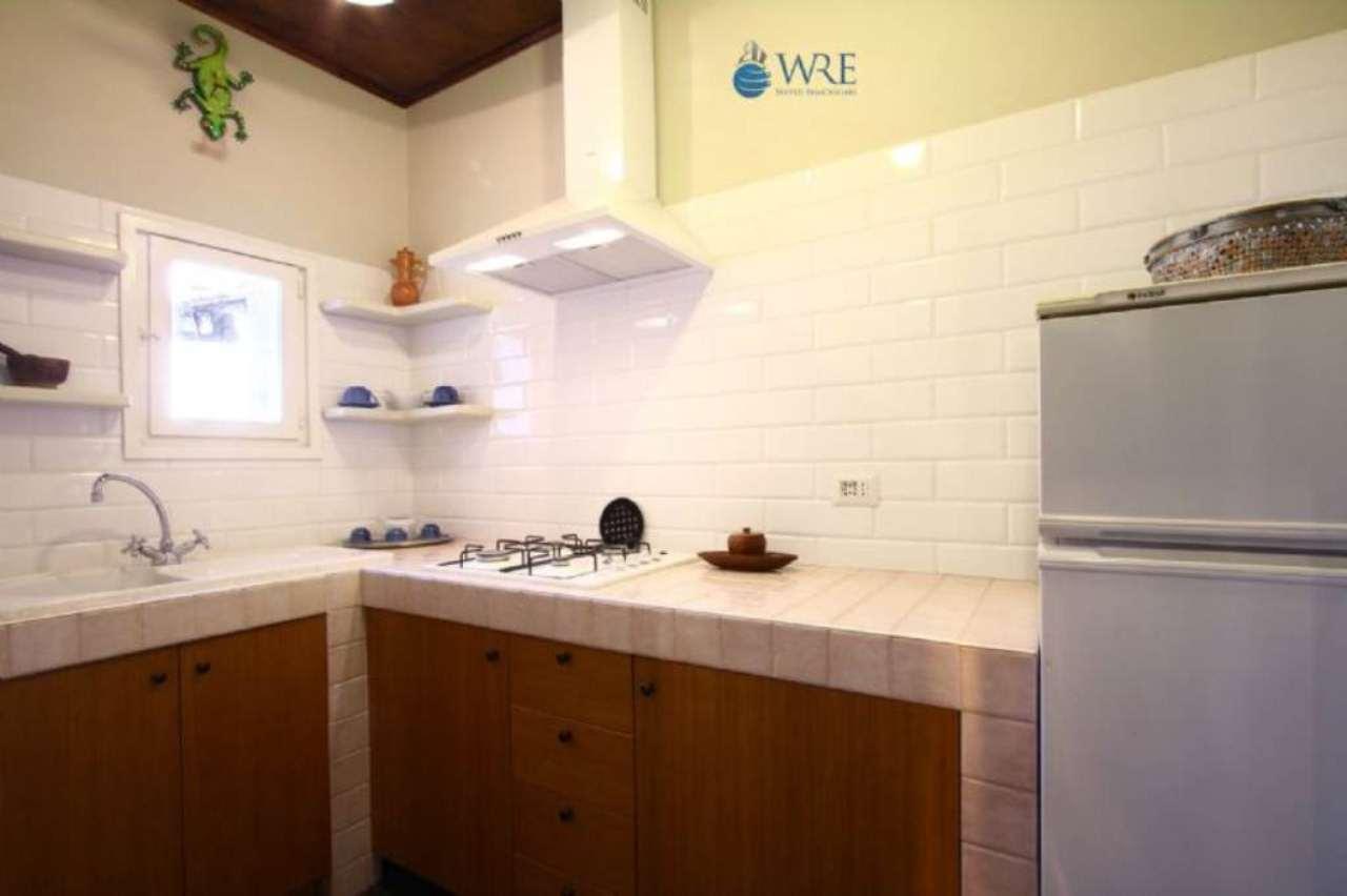 Appartamento in affitto a roma via banchi nuovi for Appartamento affitto arredato roma