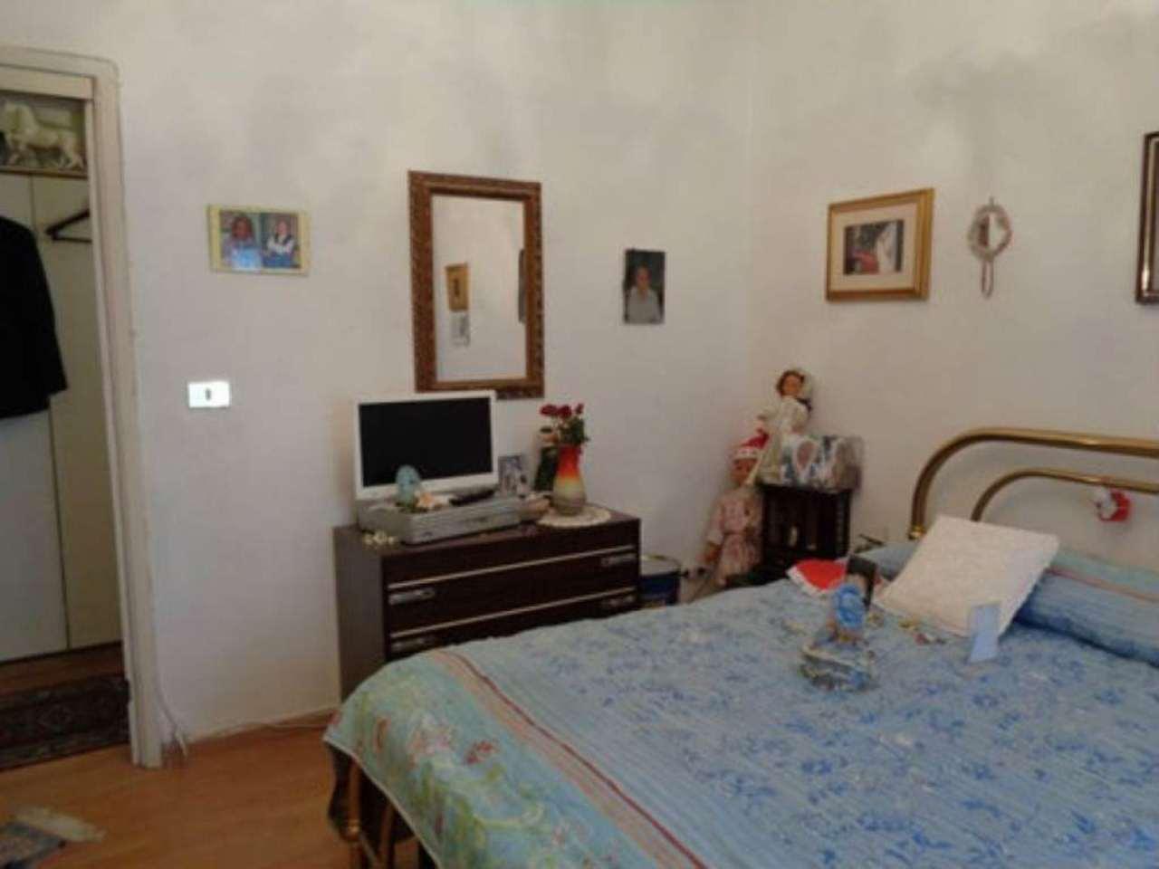 Bilocale Milano Via Sebastiano Del Piombo 7