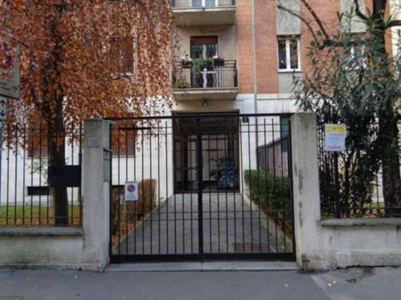 Bilocale Milano Via Antonia Pozzi 2