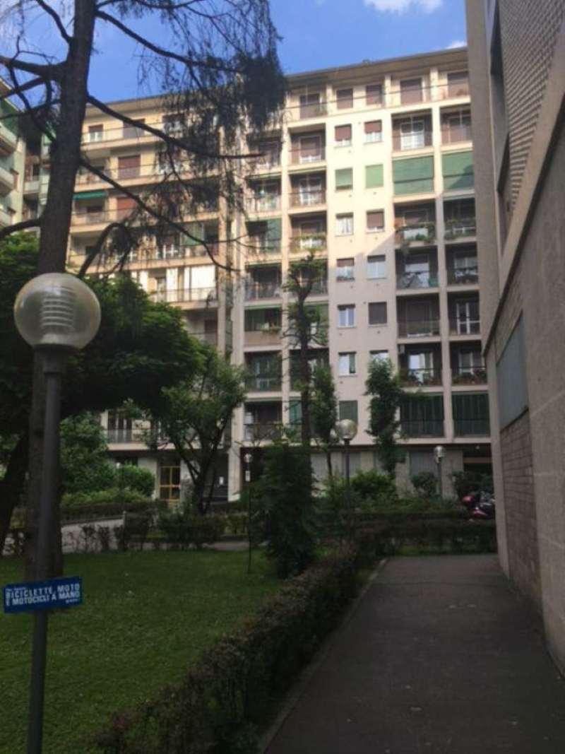 Bilocale Milano Viale Teodorico 3