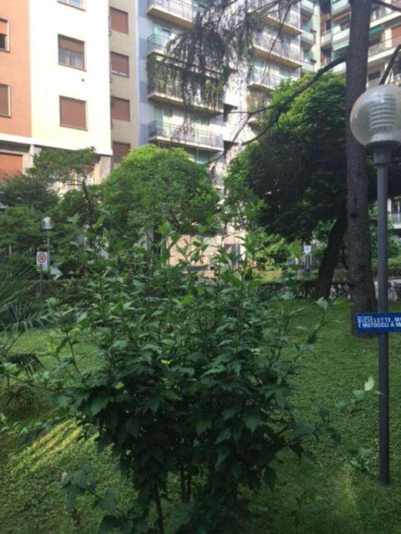 Bilocale Milano Viale Teodorico 4