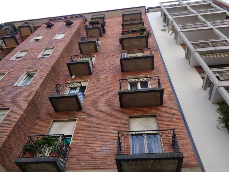 Bilocale Milano Via Privata Martiri Triestini 1