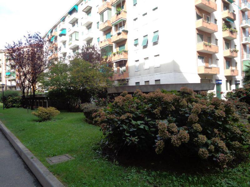 Bilocale Milano Via Privata Martiri Triestini 2
