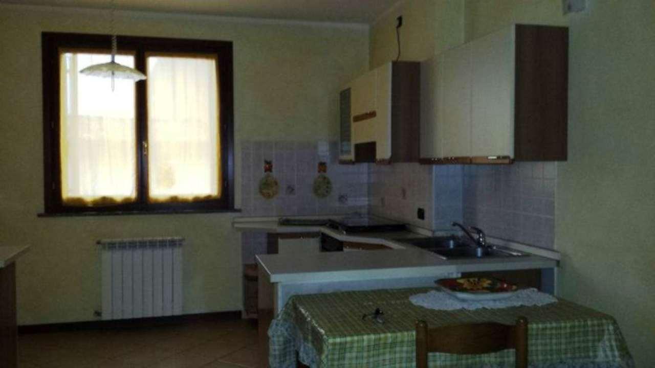 Bilocale Bagnatica Via Castello 4
