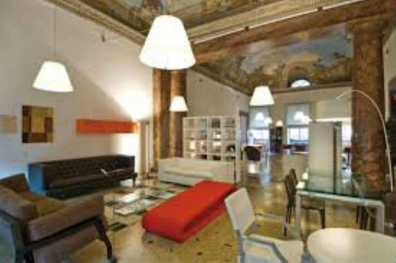 Negozi locali in affitto zona 01 centro storico a roma for Locali commerciali roma centro