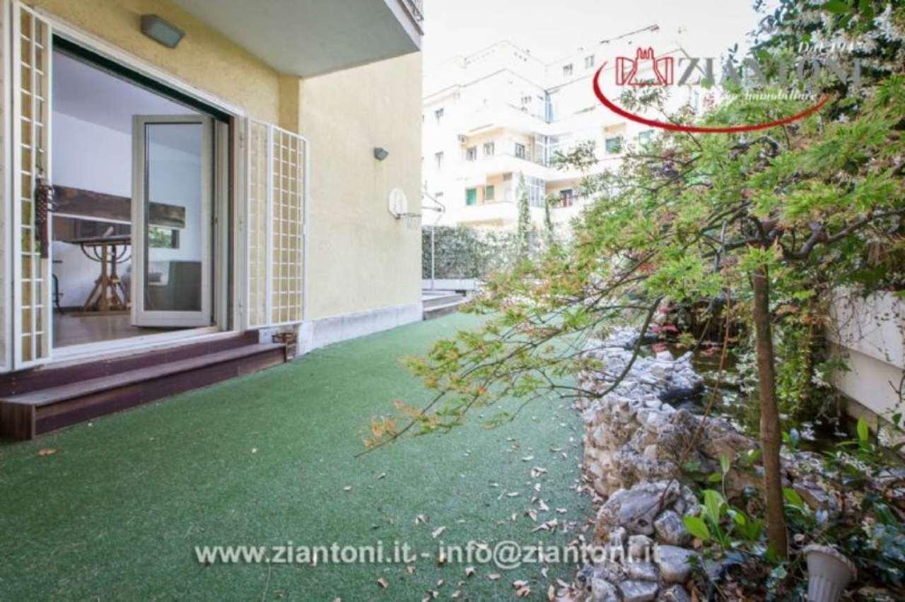 Appartamento in Vendita a Roma via civinini