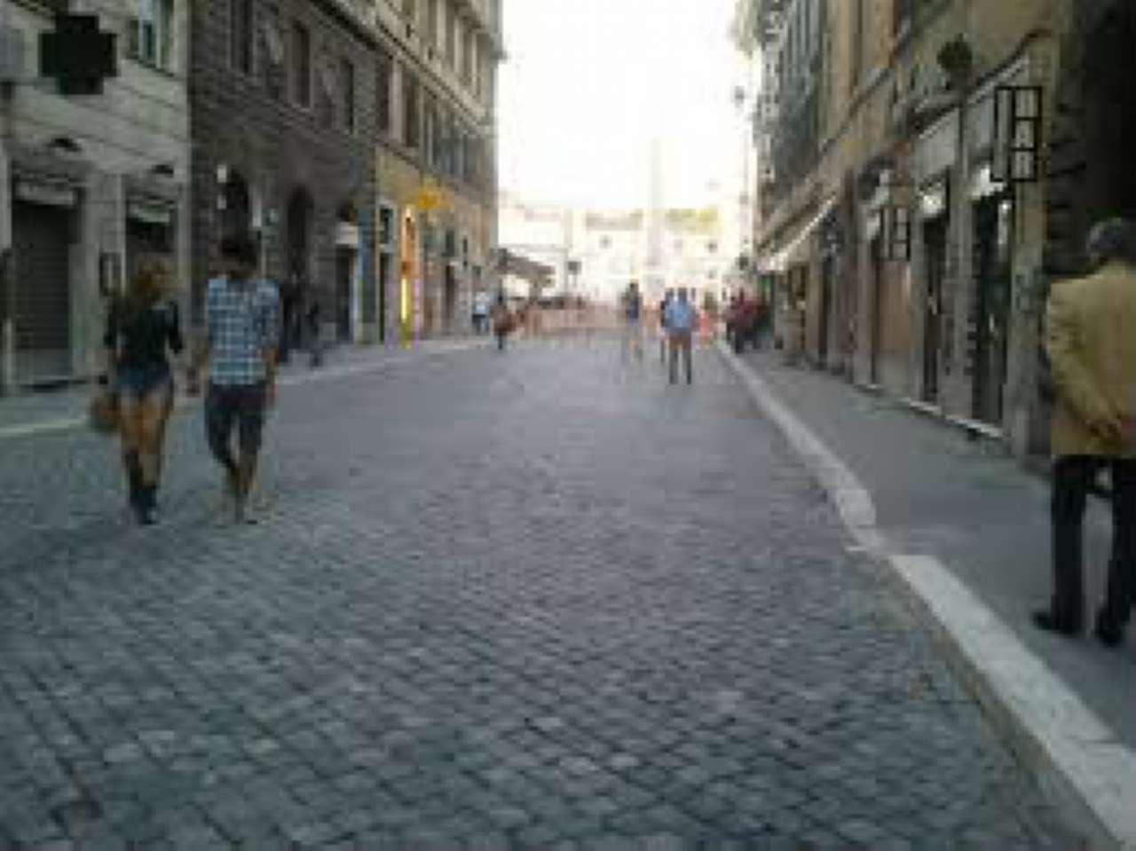 Negozio-locale in Affitto a Roma 01 Centro Storico: 1 locali, 28 mq