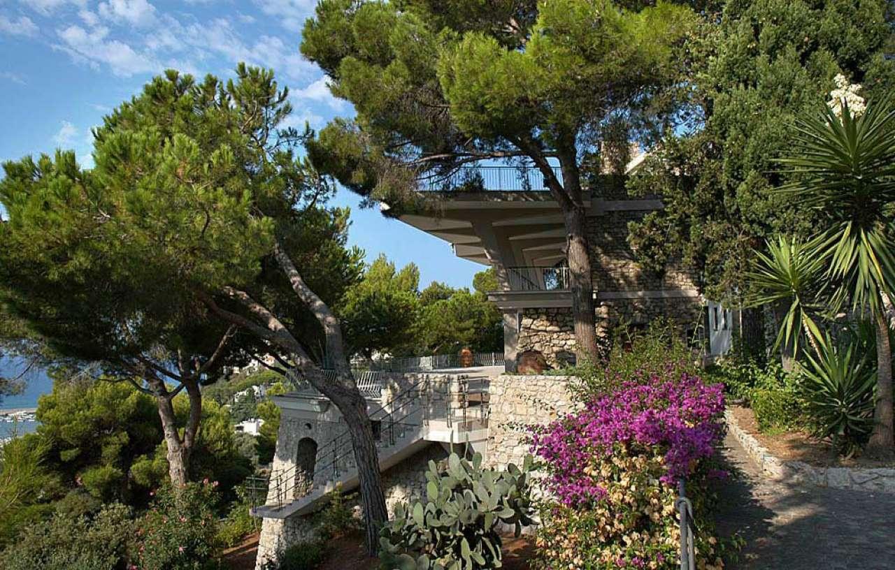5 - Prospettiva Villa nel verde
