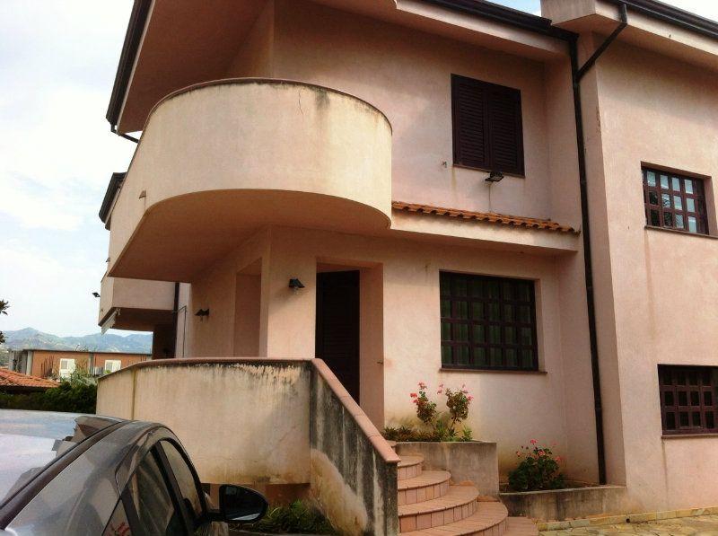 Villa in vendita a Furnari, 9999 locali, prezzo € 350.000 | Cambio Casa.it