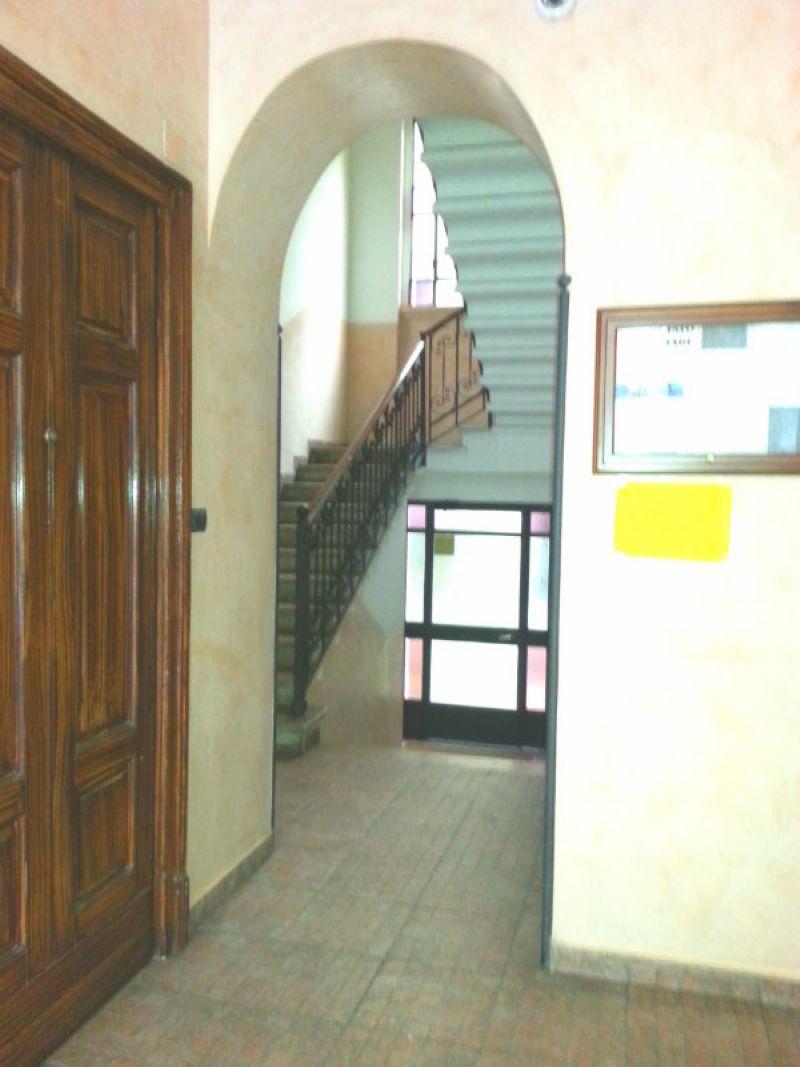 Bilocale Milano Via Breno 2