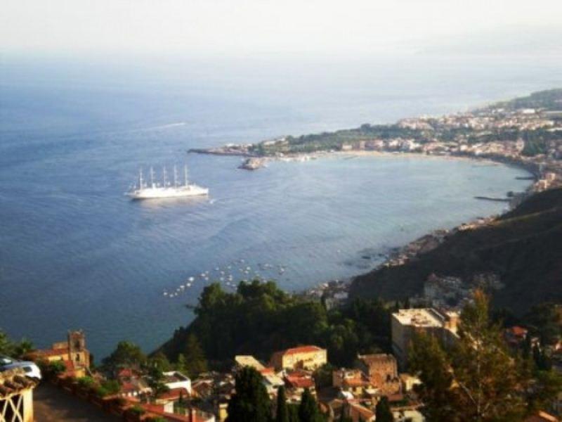 Villa in vendita a Taormina, 5 locali, Trattative riservate | Cambio Casa.it