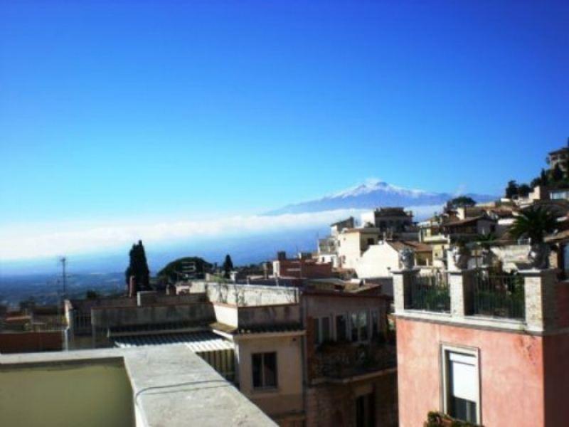 Attico / Mansarda in vendita a Taormina, 3 locali, Trattative riservate | Cambio Casa.it