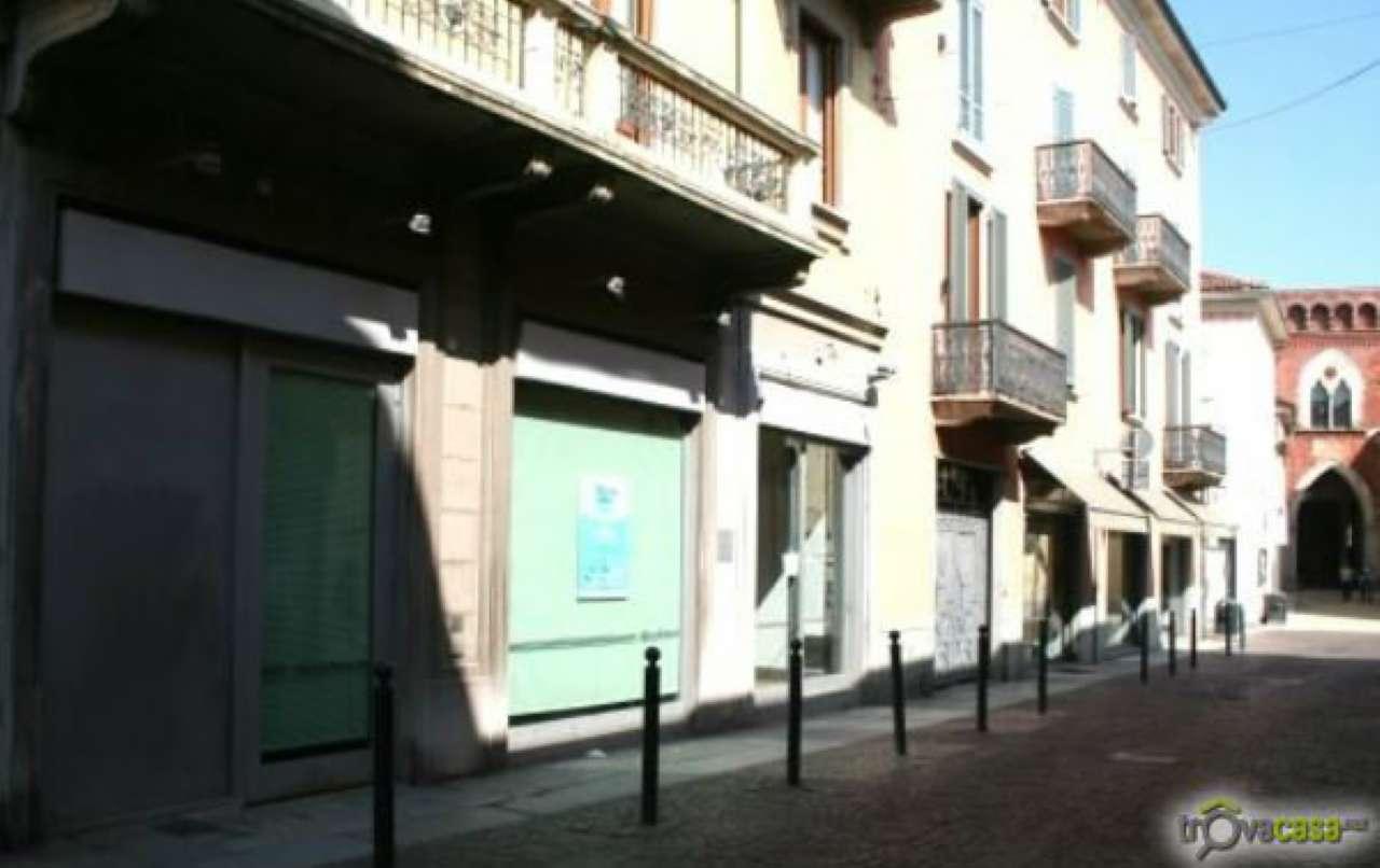 Negozio / Locale in affitto a Vigevano, 9999 locali, prezzo € 4.000 | Cambio Casa.it