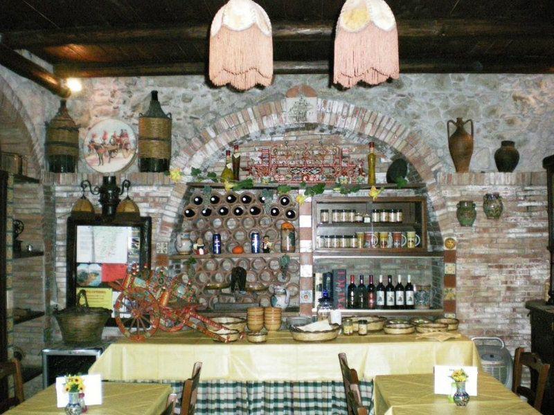 Altro in vendita a Castiglione di Sicilia, 15 locali, Trattative riservate | Cambio Casa.it