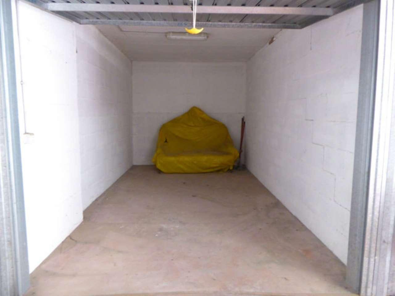 Box / Garage in Vendita a Formello