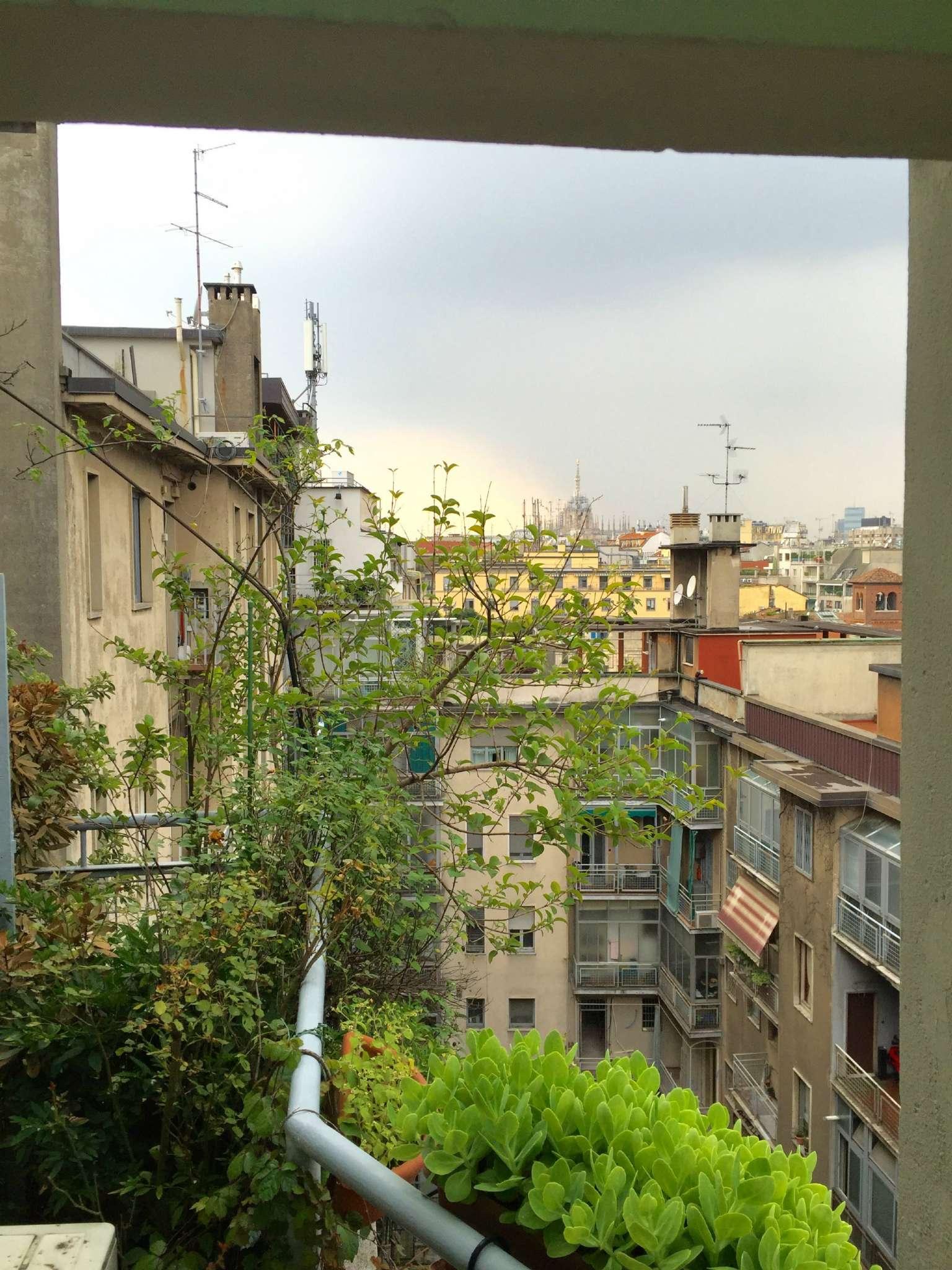 Bilocale Milano Via Savarè 1