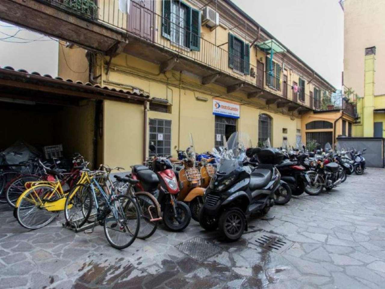 Bilocale Milano Via Savona 11
