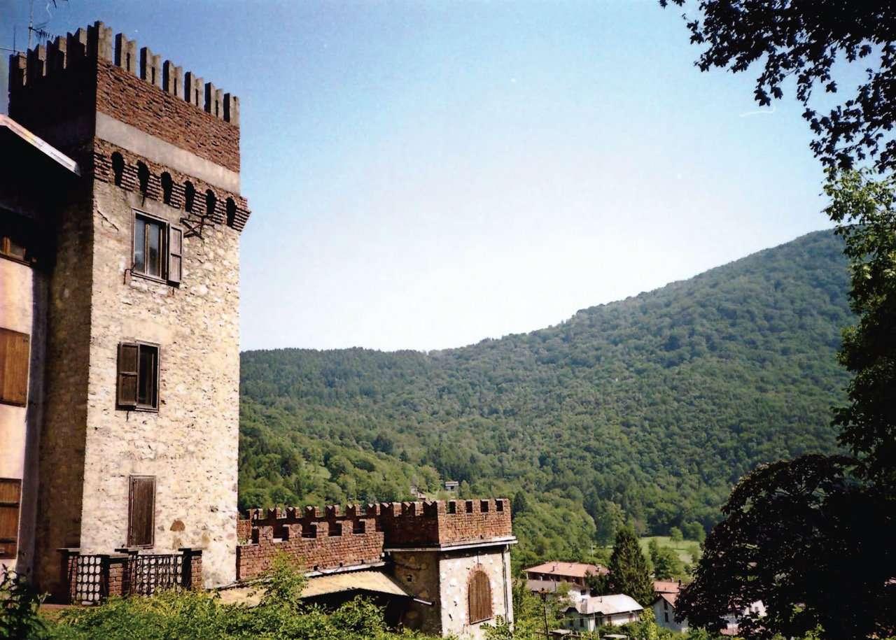 Palazzo / Stabile in vendita a Barni, 10 locali, prezzo € 500.000 | Cambio Casa.it