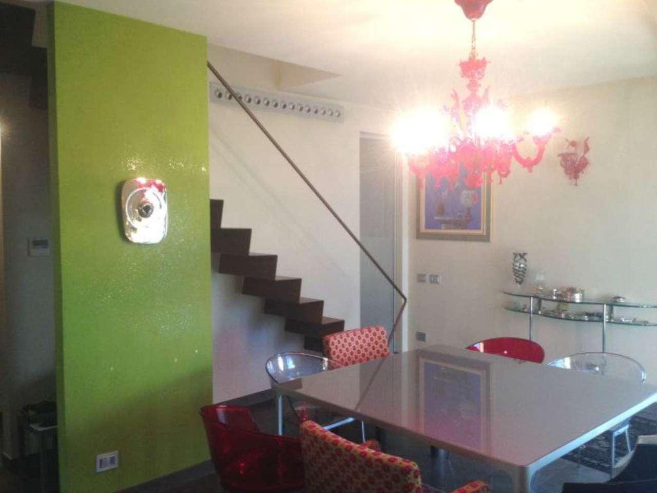 Soluzione Indipendente in vendita a Pessano con Bornago, 4 locali, prezzo € 680.000 | Cambio Casa.it