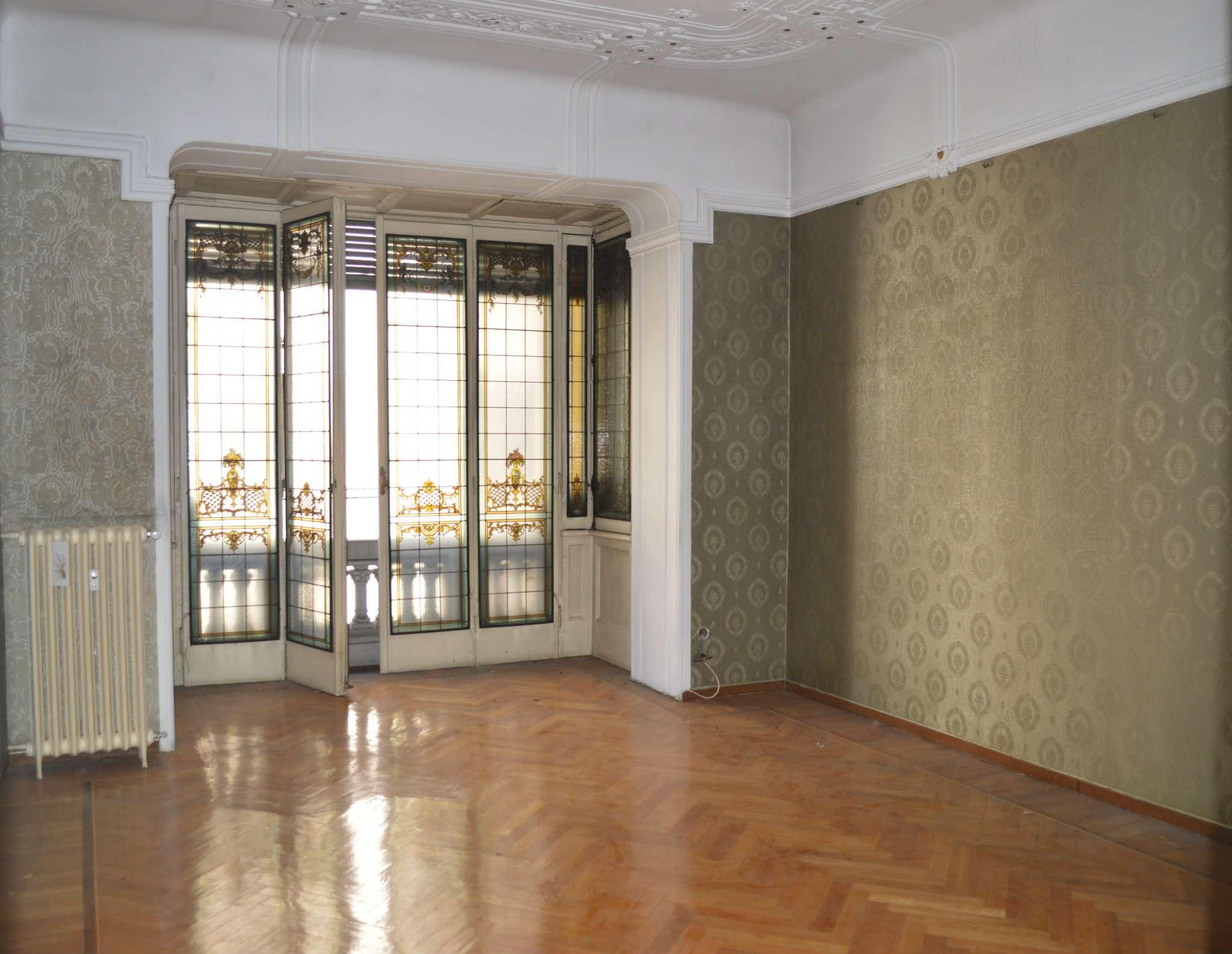 Palazzo in Vendita a Milano 01 Centro storico (Cerchia dei Navigli): 5 locali, 340 mq