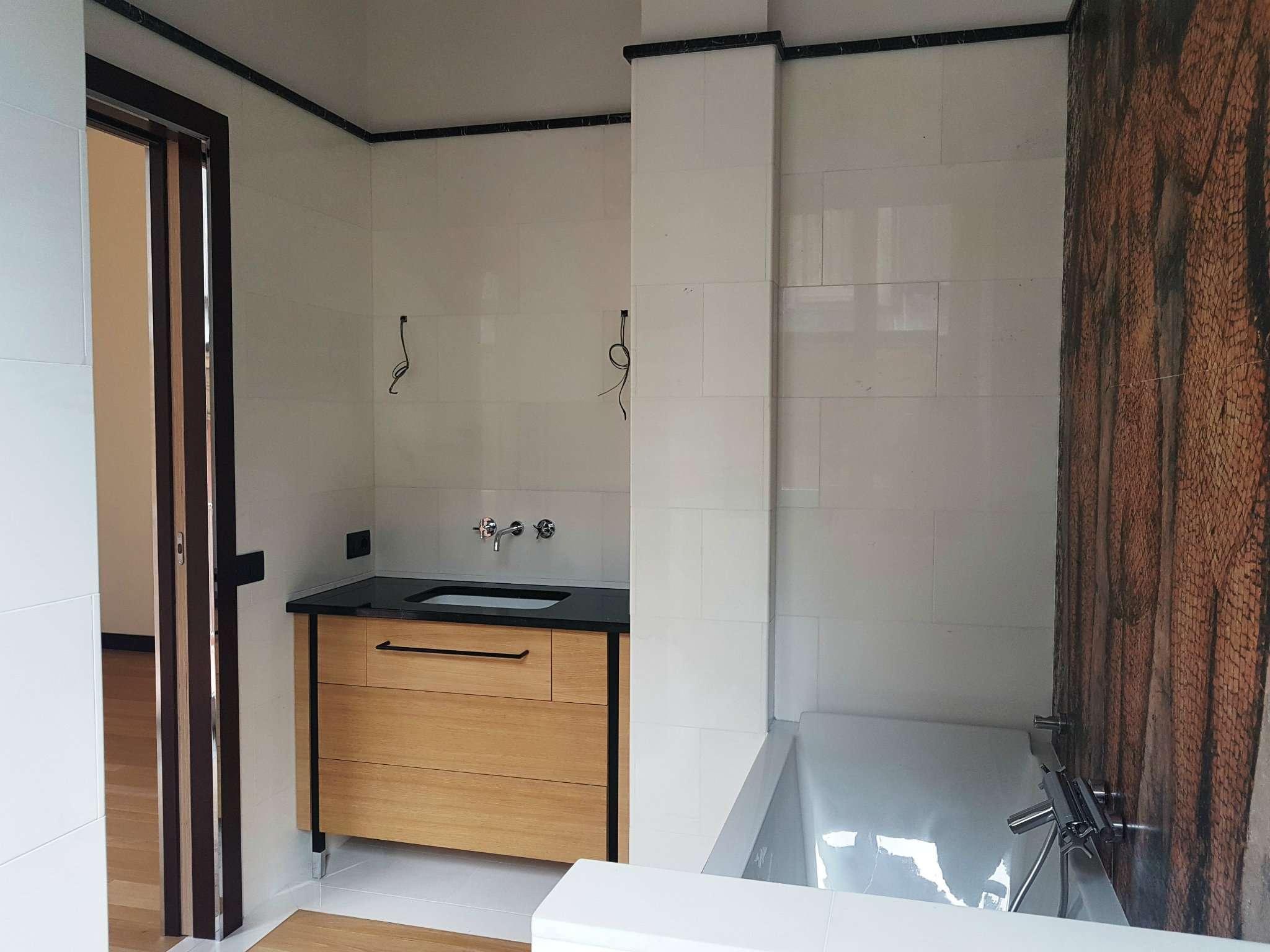 Appartamento in vendita a Milano Via Fatebenefratelli - TrovoCasa.it ...