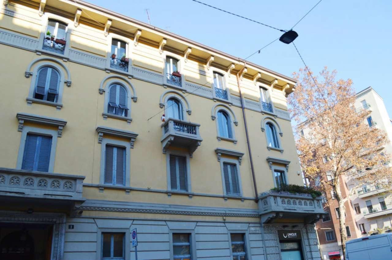 Palazzo in Vendita a Milano 01 Centro storico (Cerchia dei Navigli): 4 locali, 165 mq