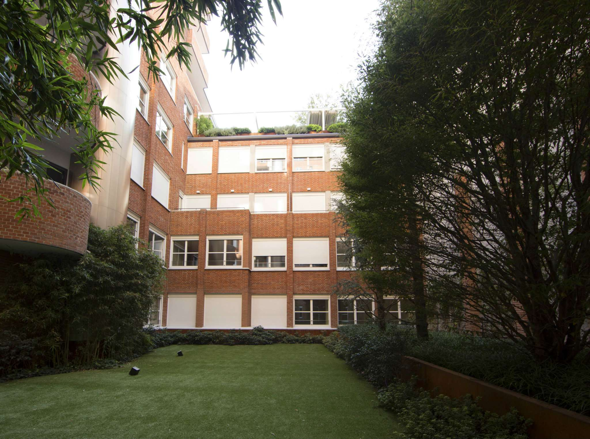 Appartamento in Vendita a Milano 01 Centro storico (Cerchia dei Navigli):  2 locali, 90 mq  - Foto 1