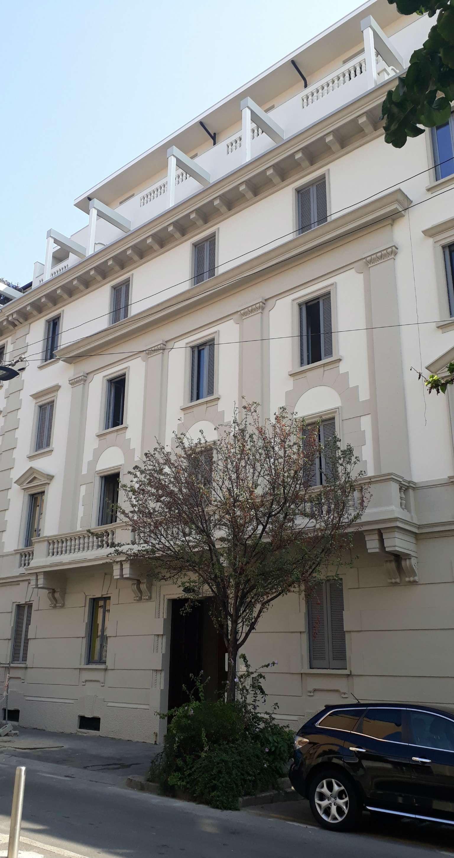 Appartamento in Vendita a Milano 01 Centro storico (Cerchia dei Navigli): 3 locali, 143 mq