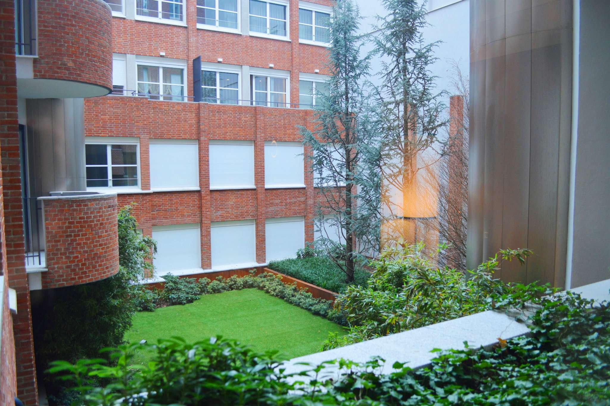 Appartamento in Vendita a Milano 01 Centro storico (Cerchia dei Navigli): 2 locali, 58 mq