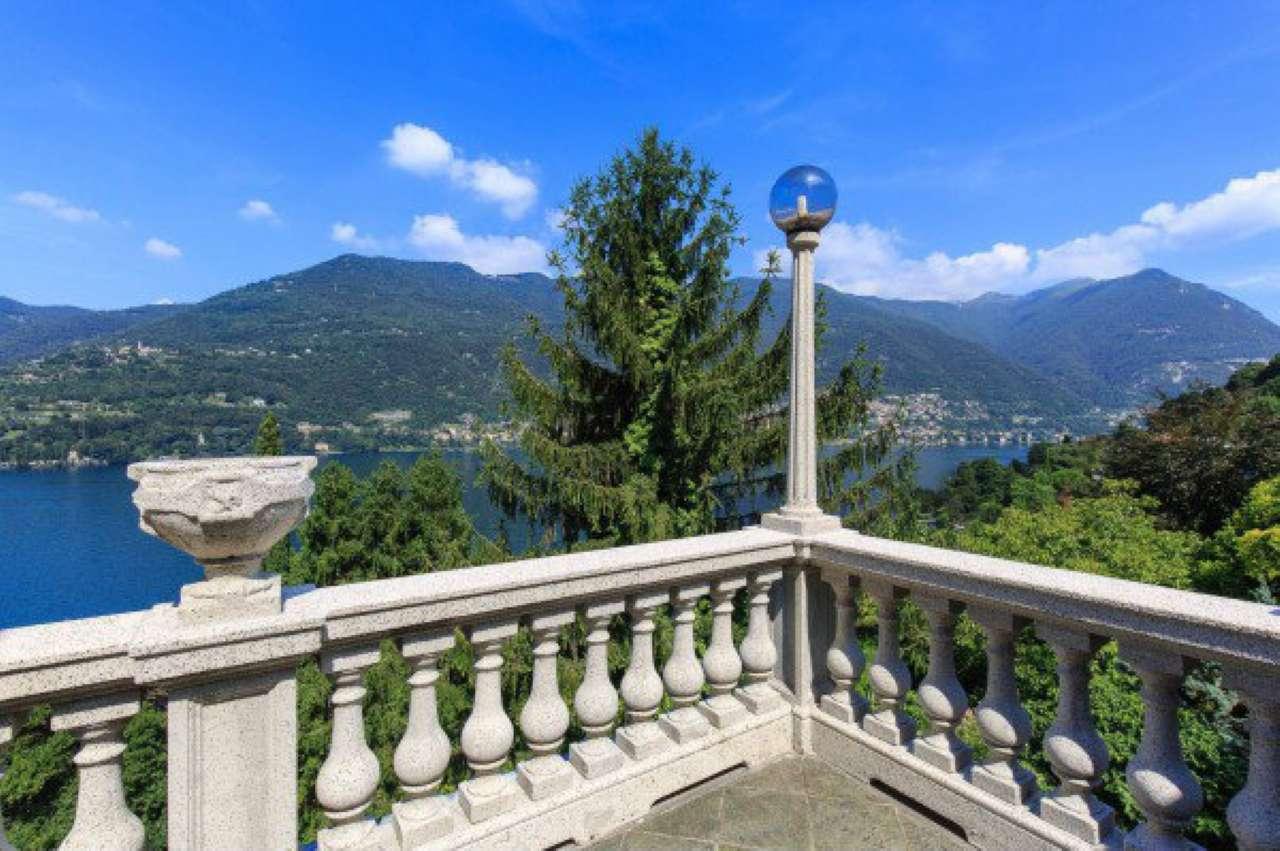 Villa in Vendita a Blevio: 5 locali, 600 mq