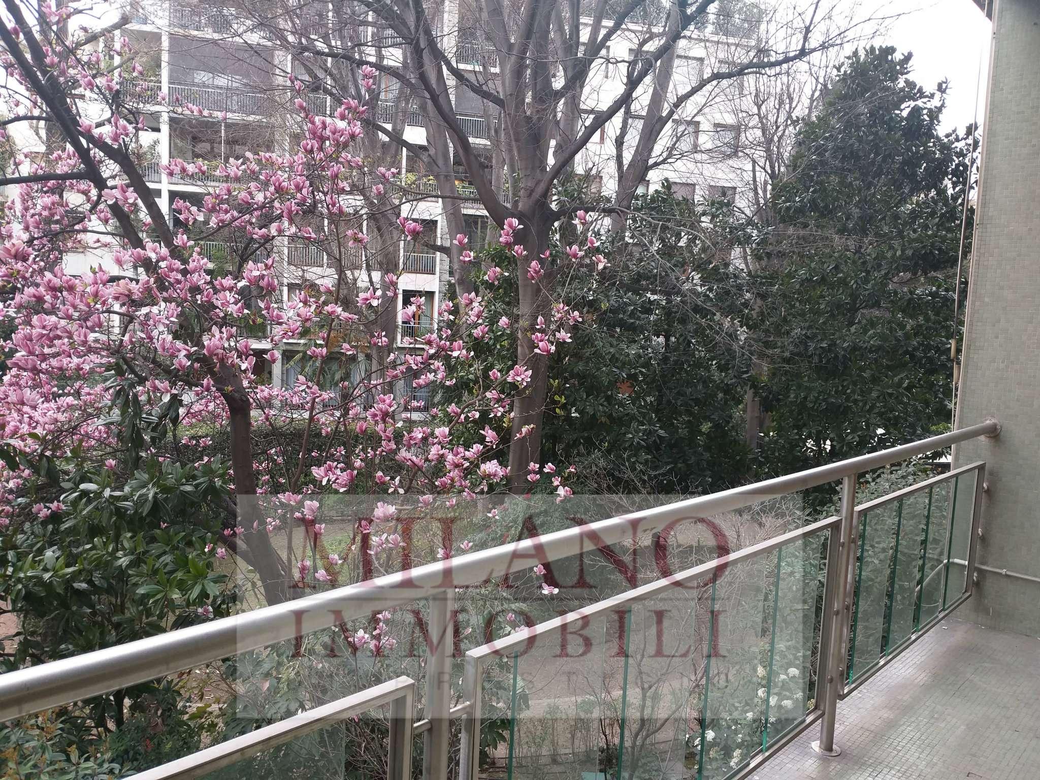 Appartamento in Vendita a Milano 01 Centro storico (Cerchia dei Navigli):  5 locali, 250 mq  - Foto 1